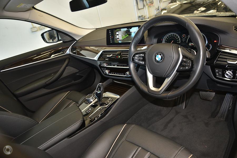 2018 BMW 5 Series 520d Luxury Line