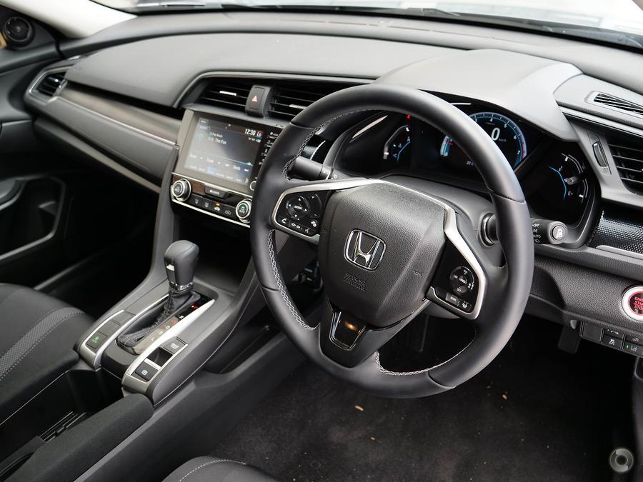 2019 Honda Civic VTi-L 10th Gen