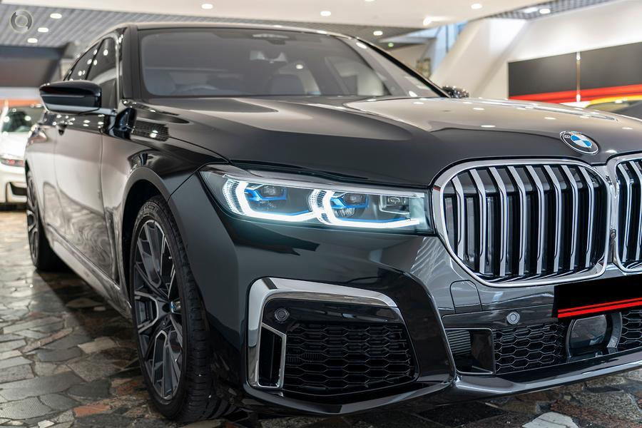 2019 BMW 740i  G11 LCI