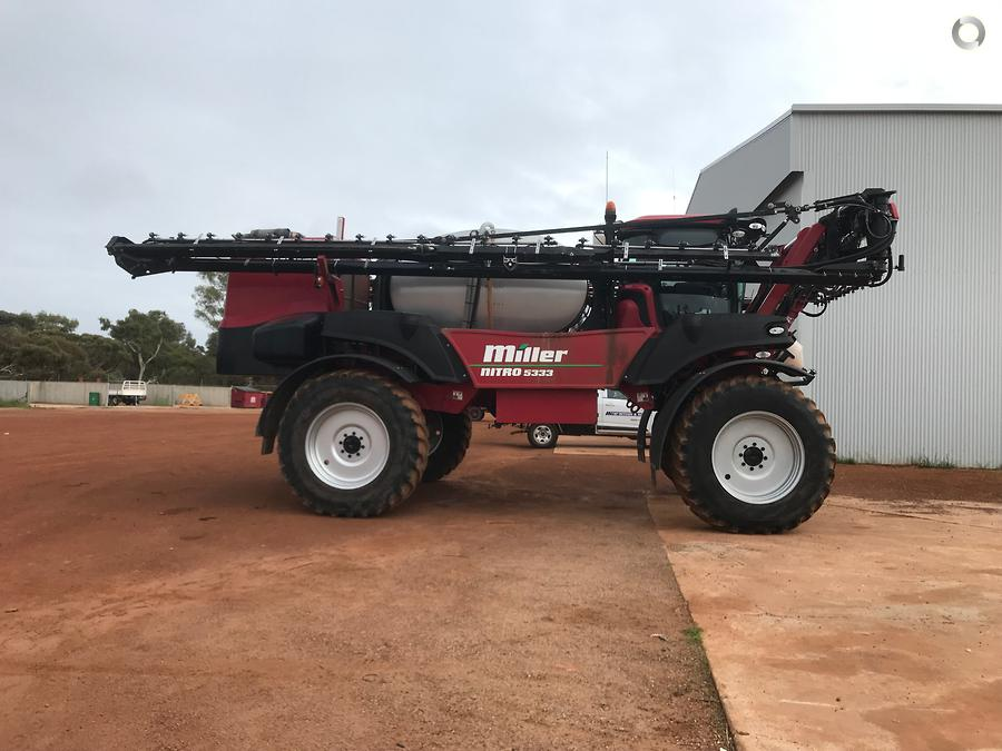 2013 Miller Nitro 5333 SP Sprayer