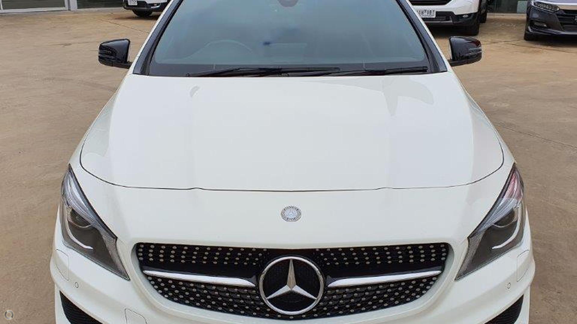 2015 Mercedes-benz Cla200  X117