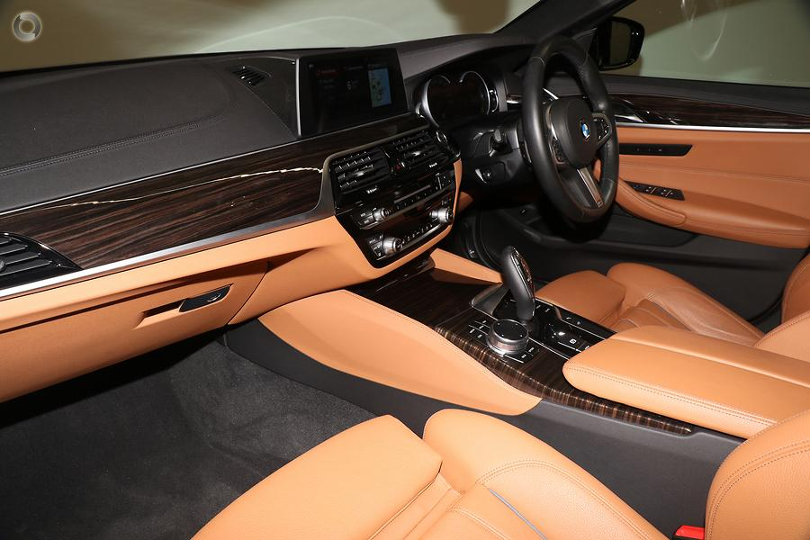 2017 BMW 5 Series 520d M Sport