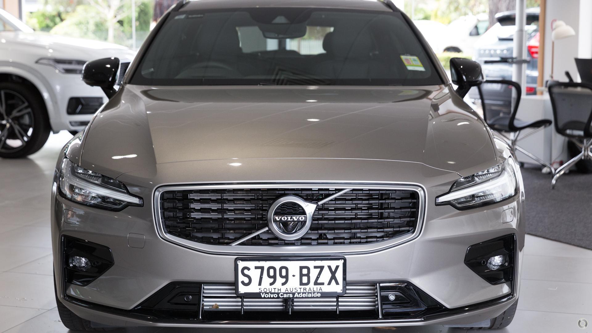 2019 Volvo V60 T5 R-Design (No Series)