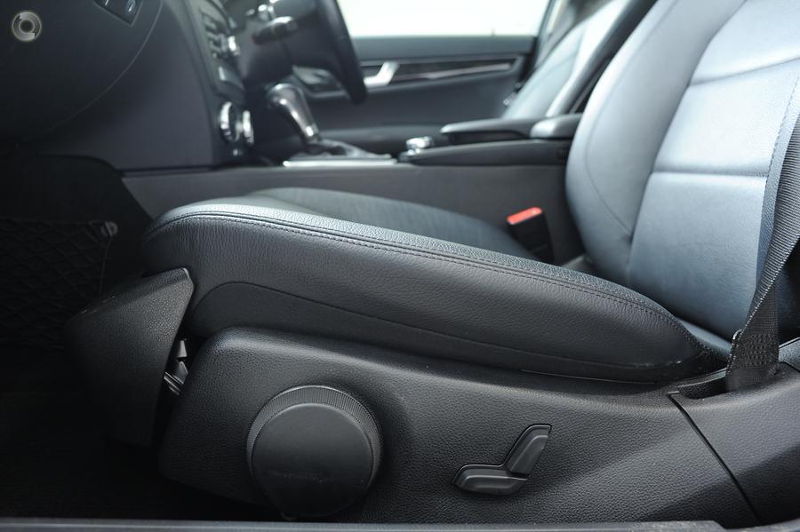 2011 Mercedes-Benz C250 CDI BlueEFFICIENCY Avantgarde  W204