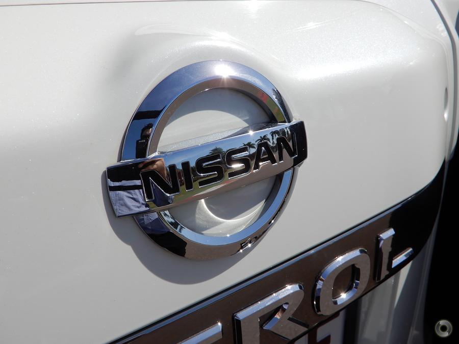 2013 Nissan Patrol ST