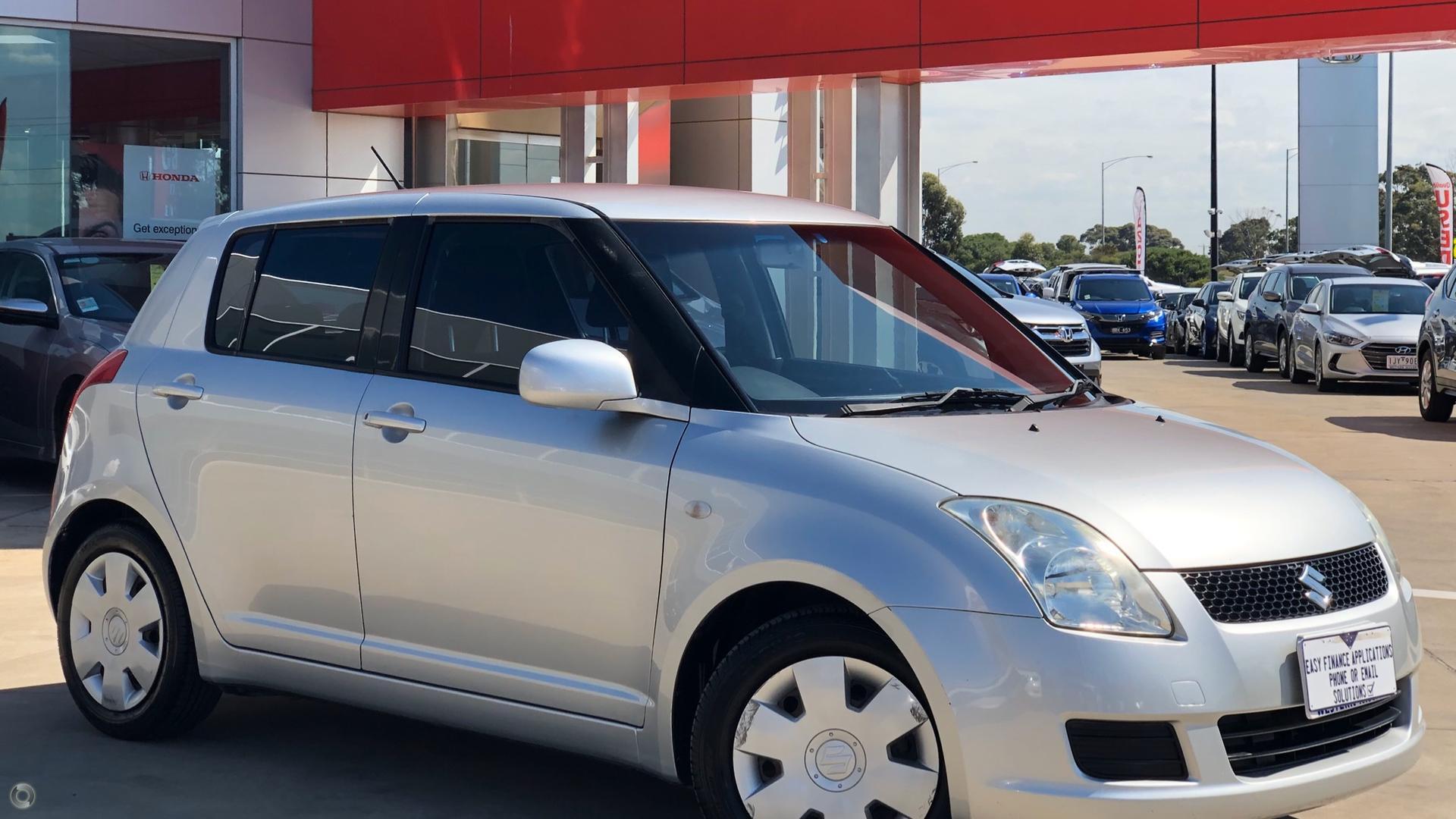 2009 Suzuki Swift GLX RS415