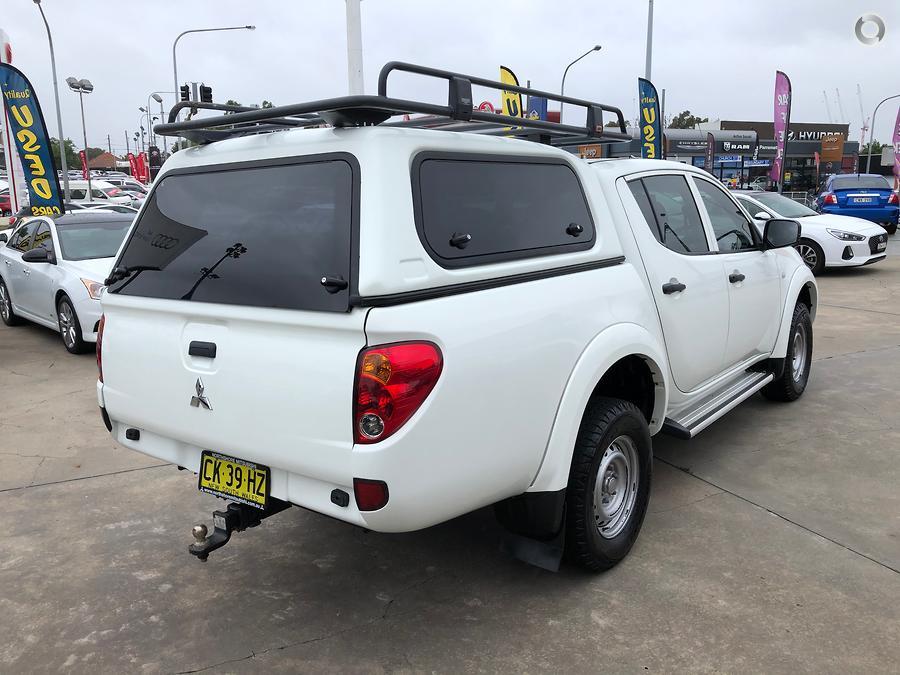 2014 Mitsubishi Triton GLX MN