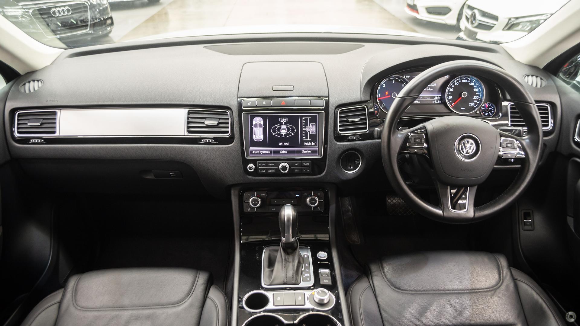 2016 Volkswagen Touareg 150TDI Element 7P