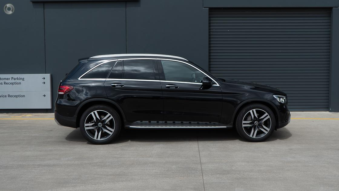 2019 Mercedes-Benz GLC 300 Wagon