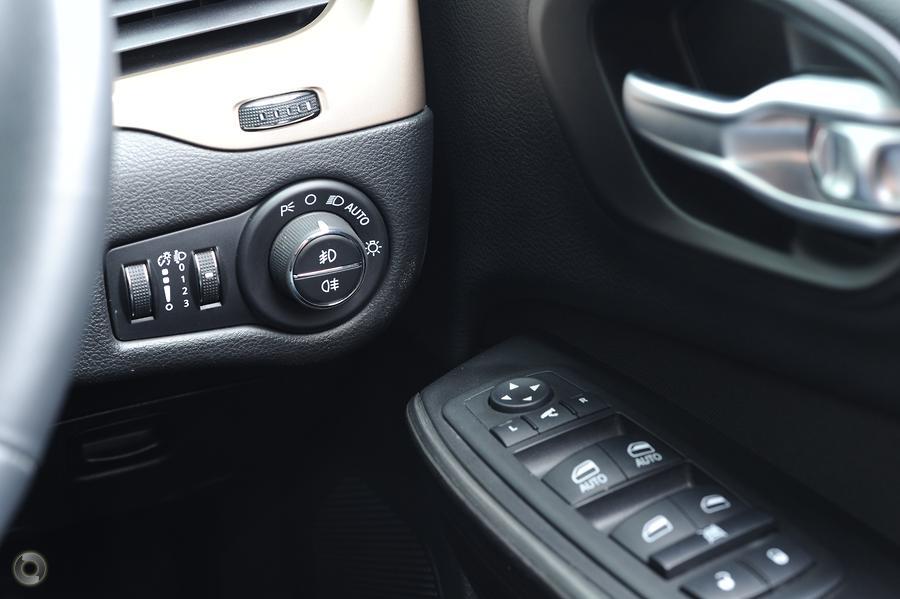 2014 Jeep Cherokee Longitude KL