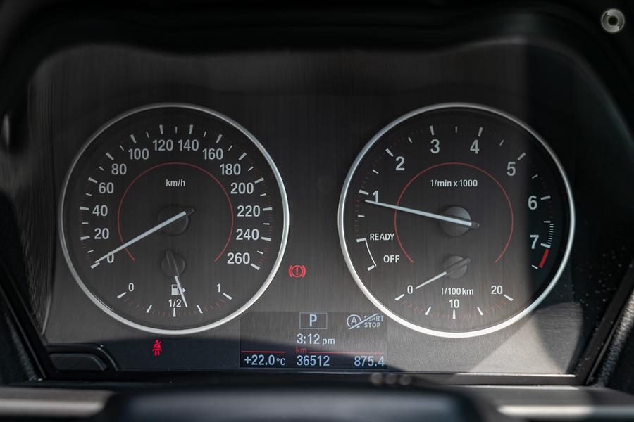 2015 BMW 220i M Sport