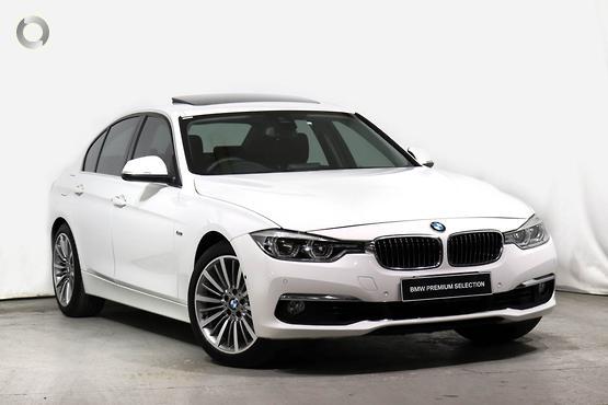 2016 BMW 320 i Sport Line