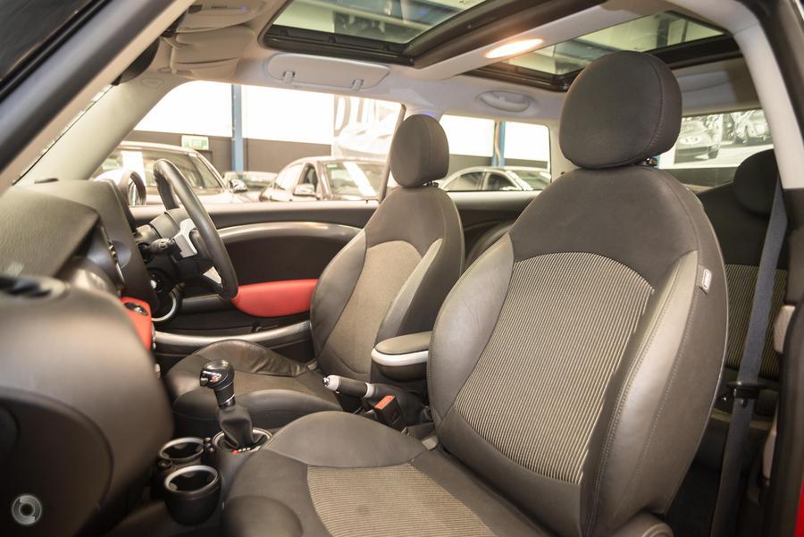 2009 MINI Hatch Cooper S Chilli R56
