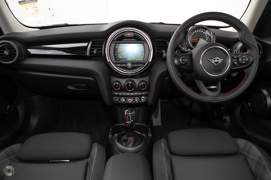 2019 MINI Hatch Cooper S