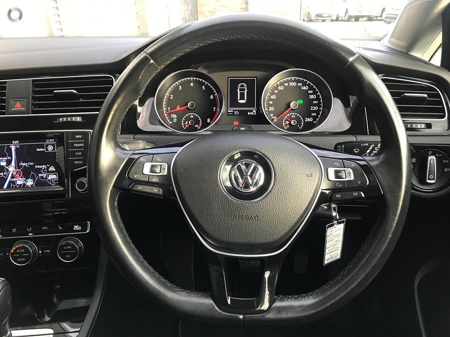 2015 Volkswagen Golf 103TSI Highline 7