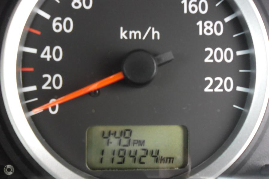 2005 Nissan Pulsar ST N16 S2
