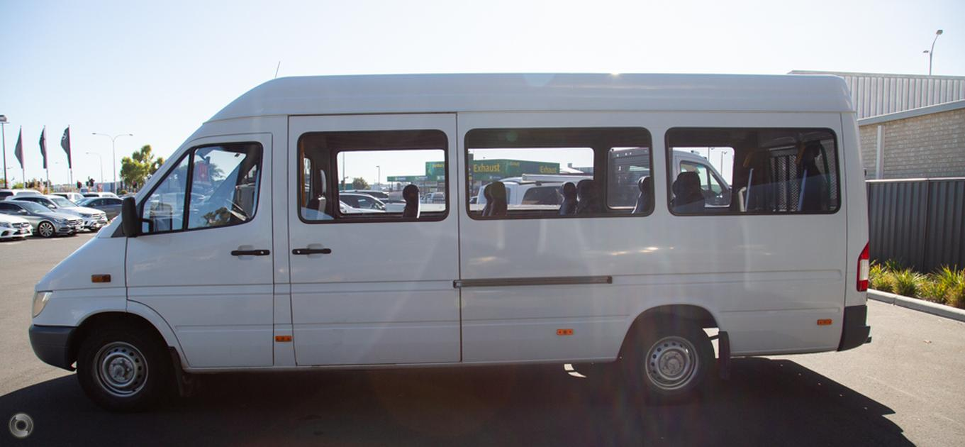 2004 Mercedes-Benz SPRINTER Van 313CDI
