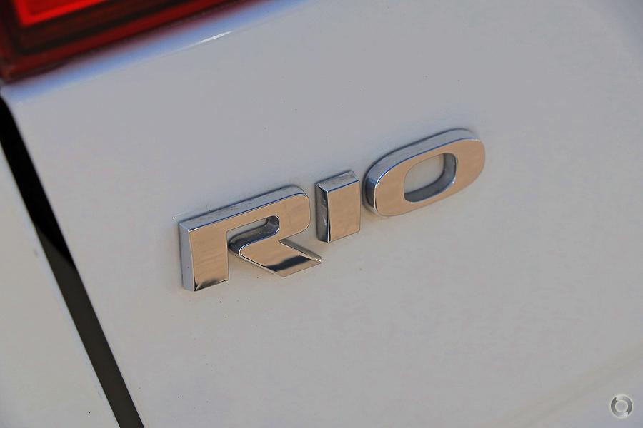 2013 Kia Rio S UB