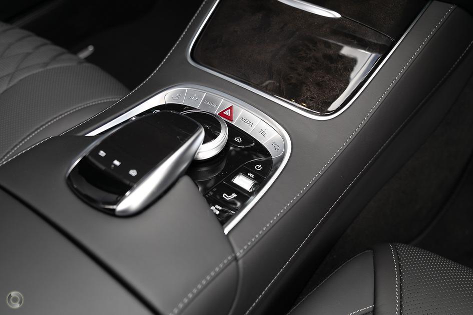 2019 Mercedes-Benz S 560 Cabriolet