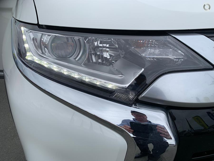 2018 Mitsubishi Outlander ES ZL