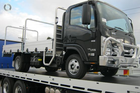 2020 Isuzu TRADE PACK