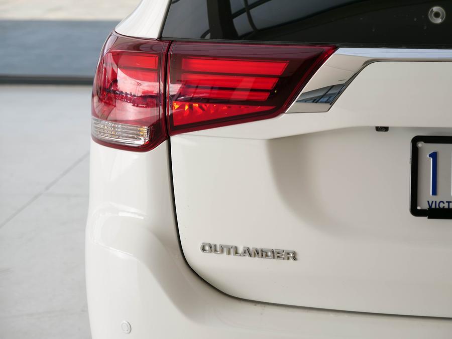 2016 Mitsubishi Outlander Exceed ZK
