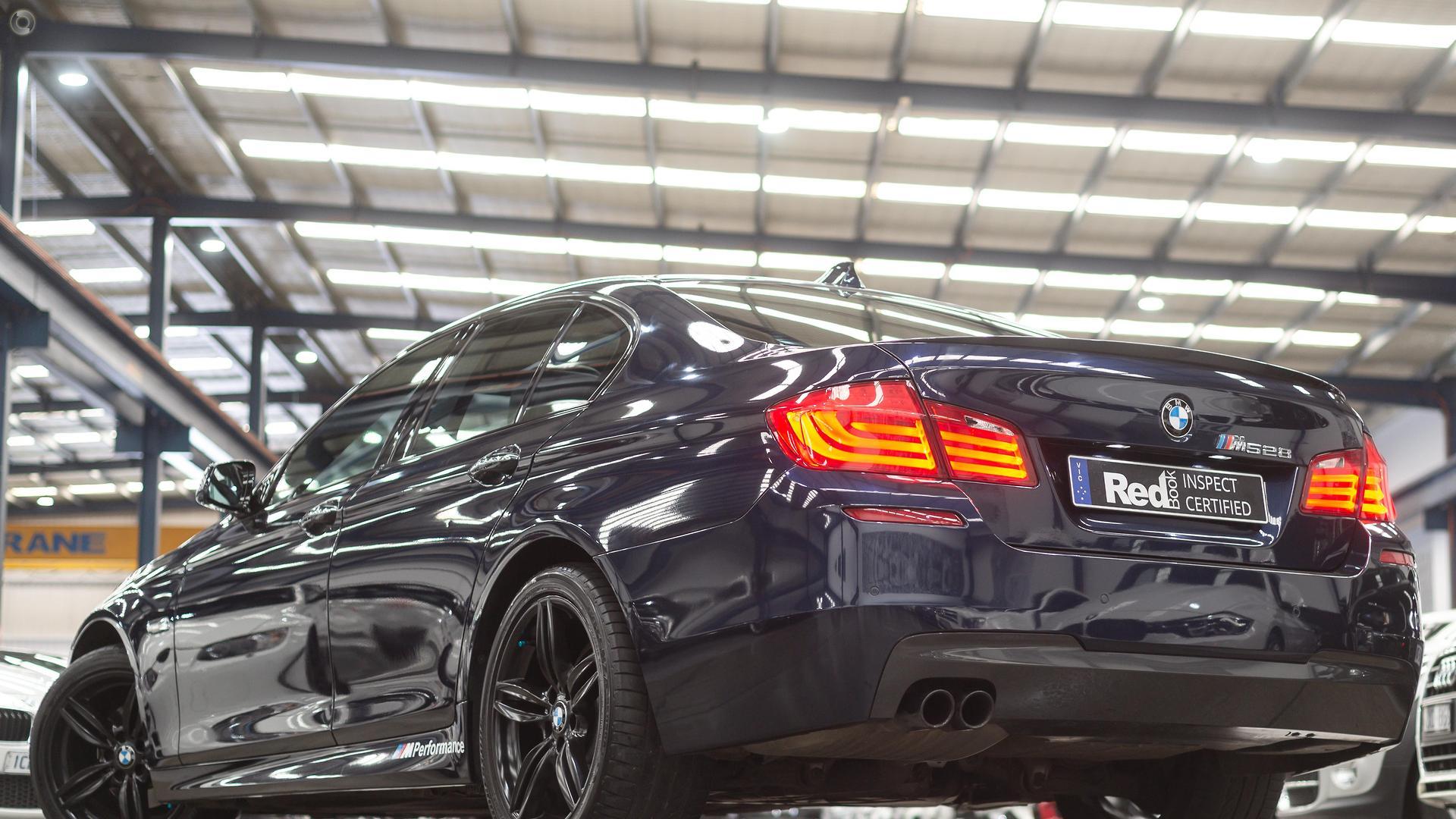 2011 BMW 528i  F10