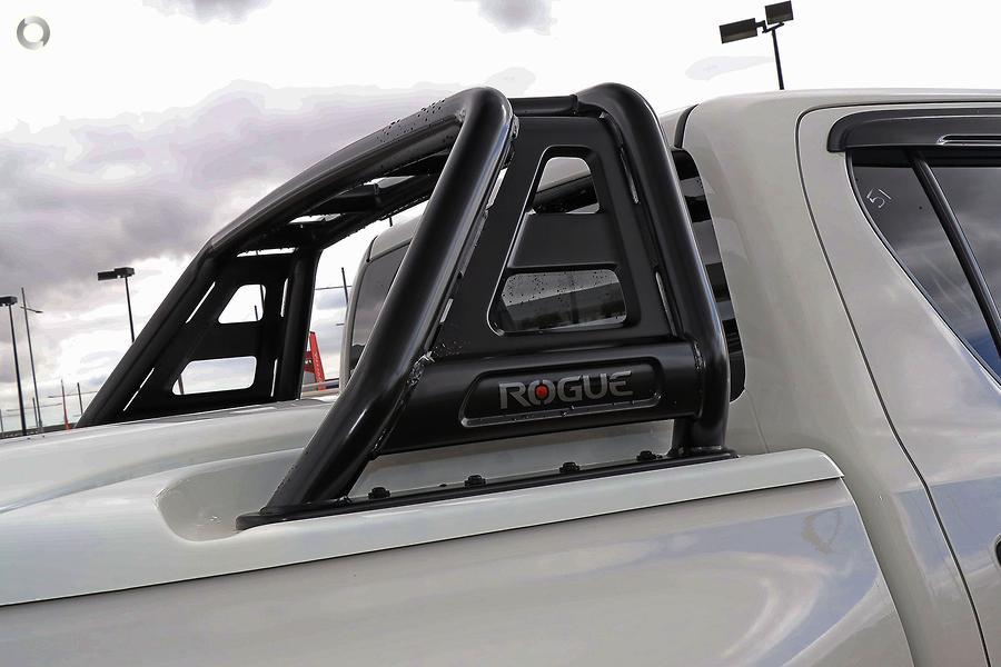 2018 Toyota Hilux Rogue GUN126R