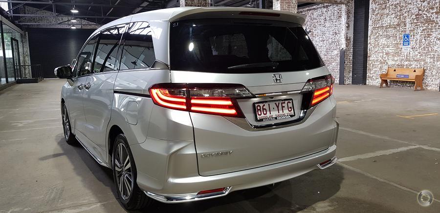 2018 Honda Odyssey VTi-L 5th Gen