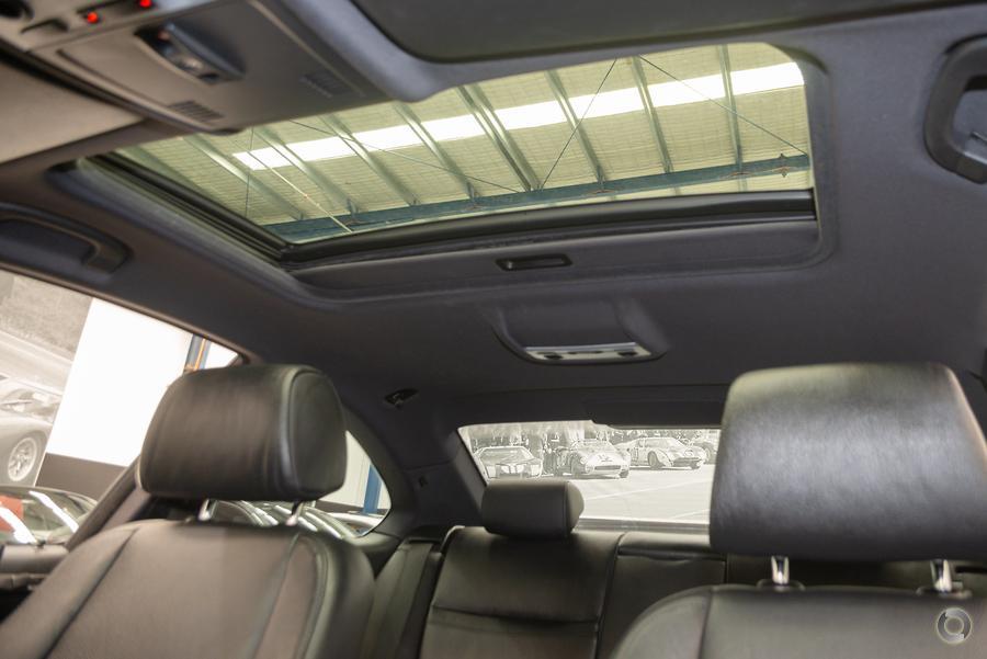 2011 BMW 320d  E92