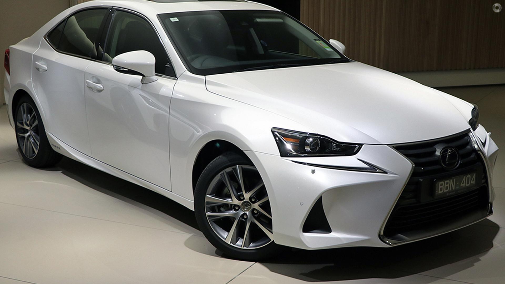 2018 Lexus Is AVE30R