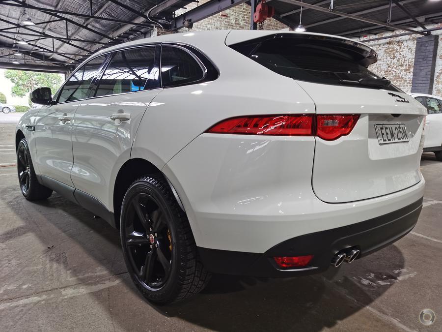 2016 Jaguar F-PACE 20d Prestige X761