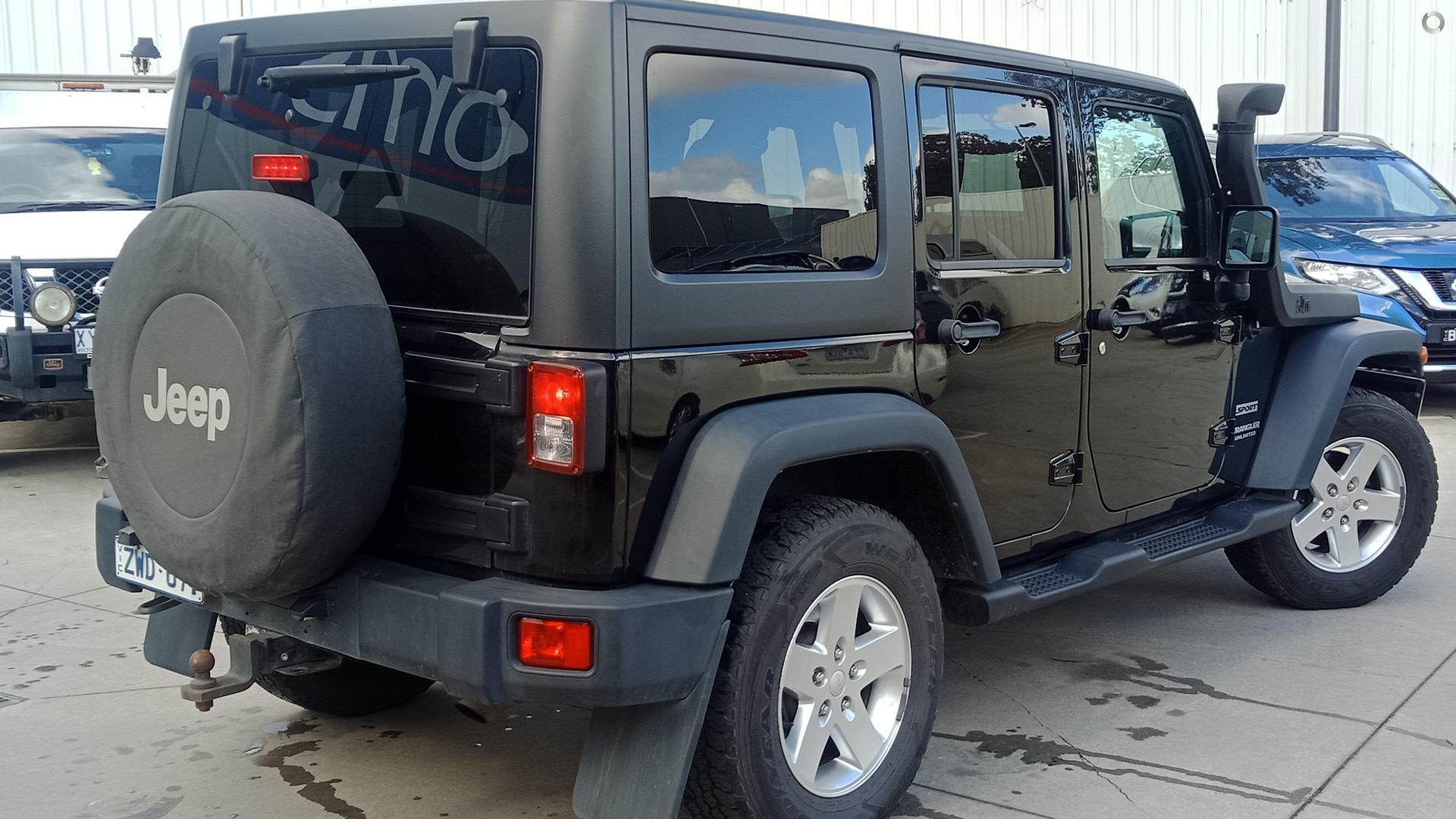 2013 Jeep Wrangler Unlimited Sport JK