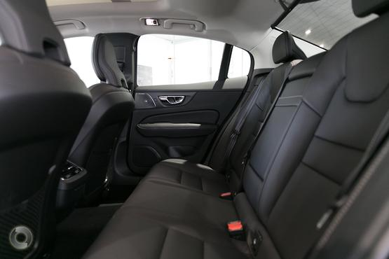 2019 Volvo S60 T5 Inscription (No Series)