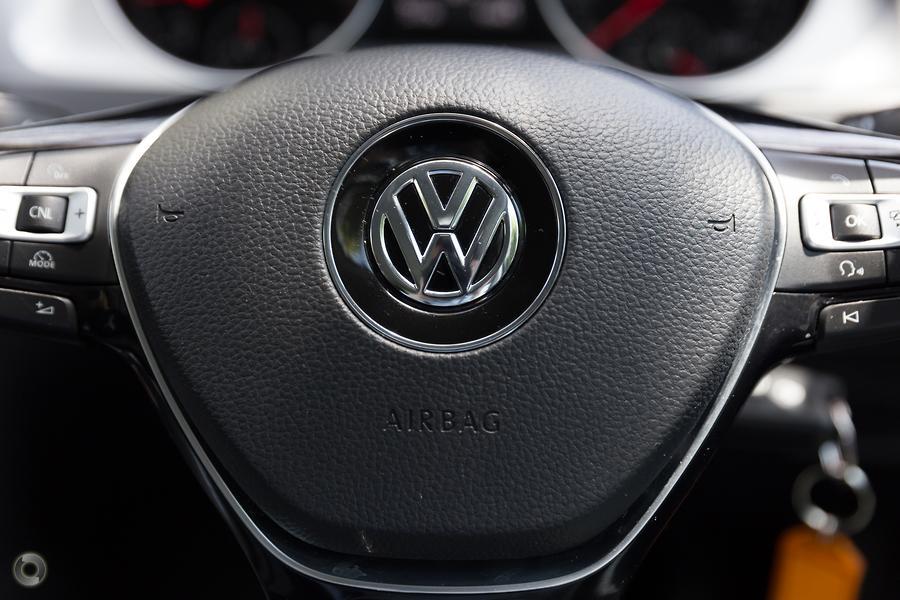 2016 Volkswagen Golf 92TSI 7