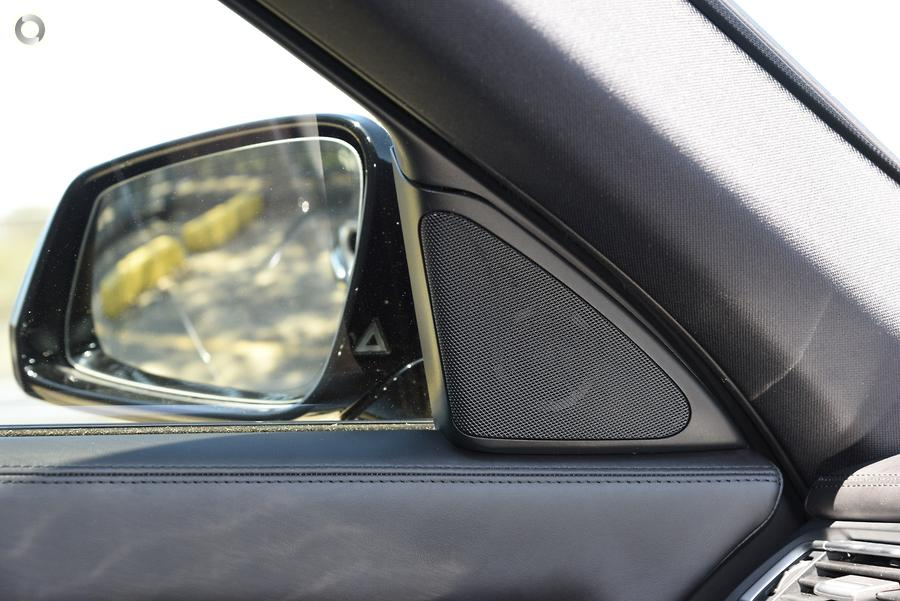2013 BMW 740i
