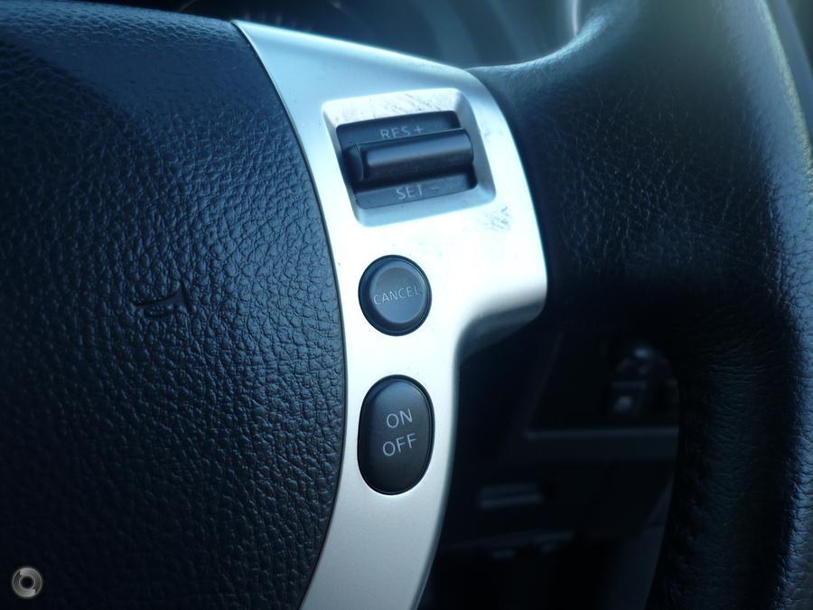 2013 Nissan Dualis ST J10 Series 4