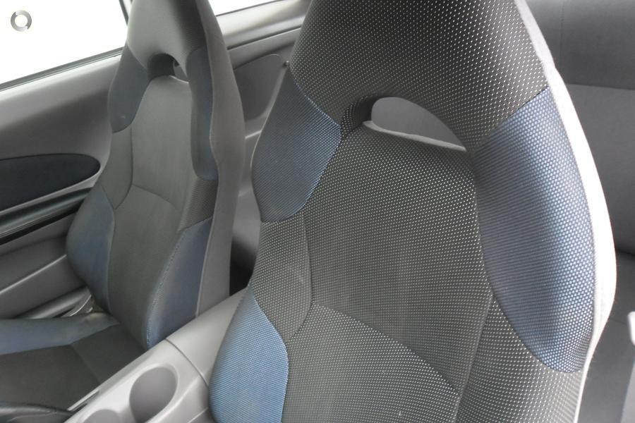 2001 Toyota Celica SX ZZT231R