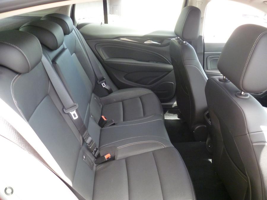 2019 Holden Calais  ZB