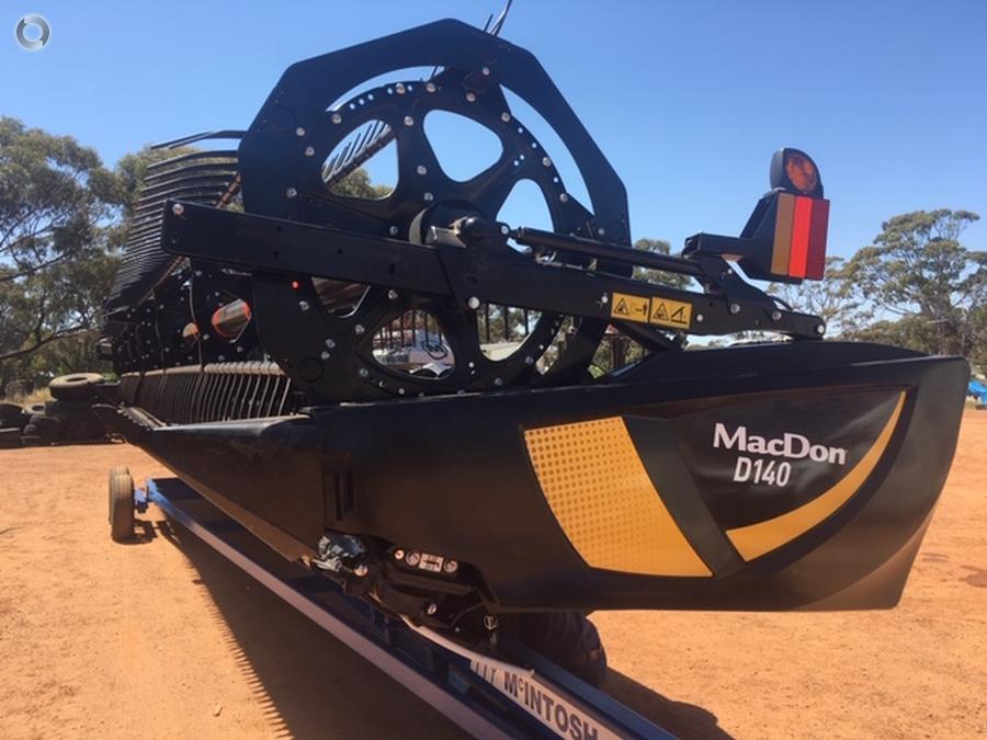 MacDon D140 Draper Front - McIntosh and Son