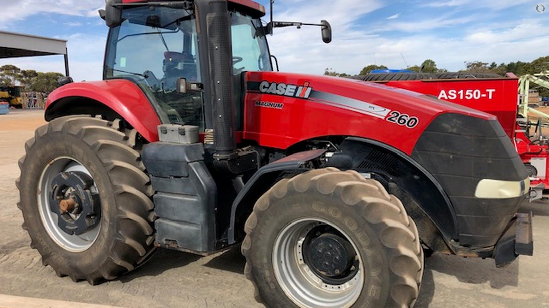 2012 CASE IH Magnum 260 Tractor
