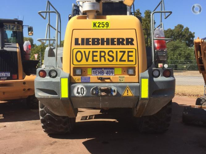 2011 Liebherr 566
