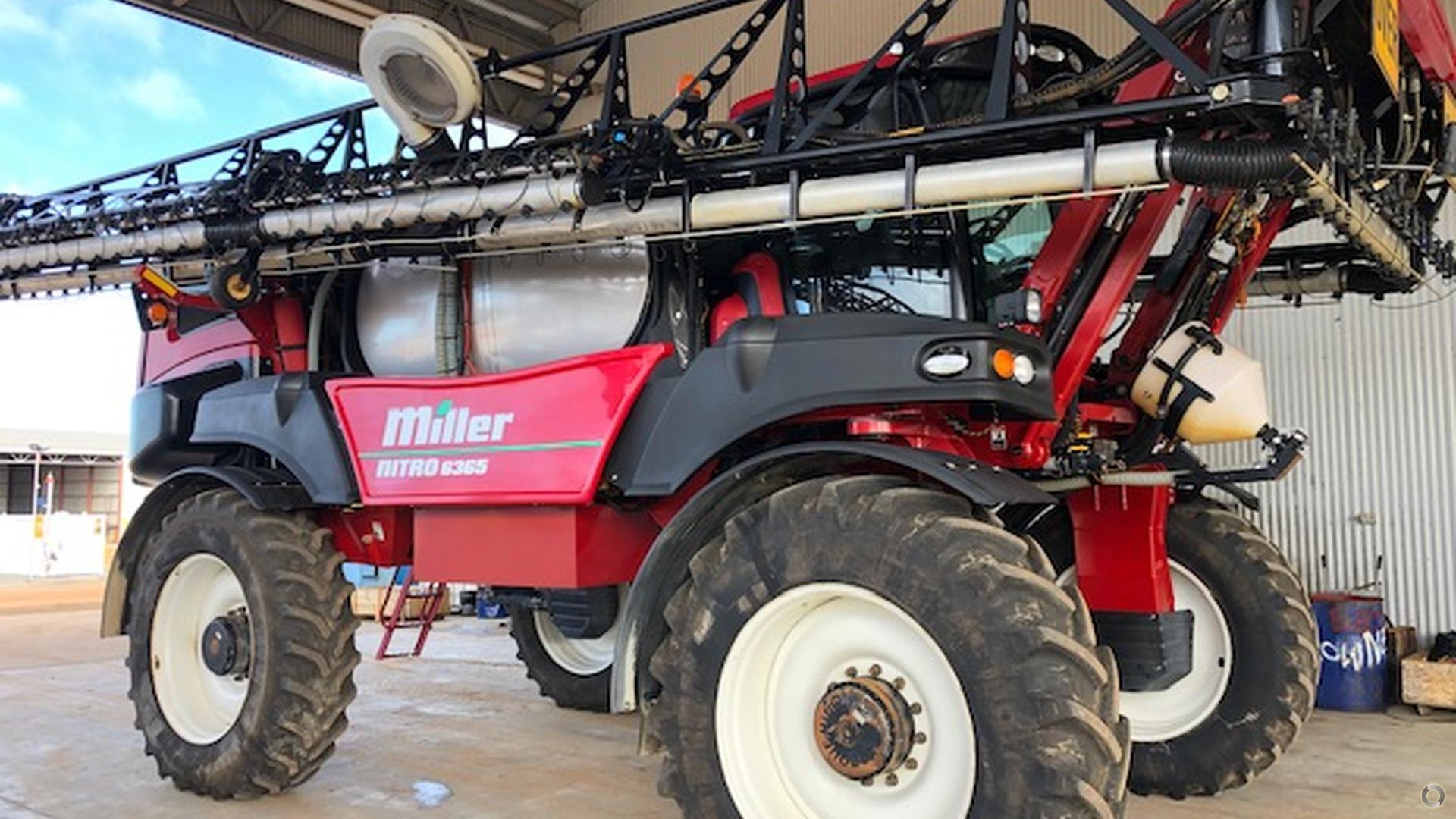 2015 Miller Nitro 6365 Sprayer