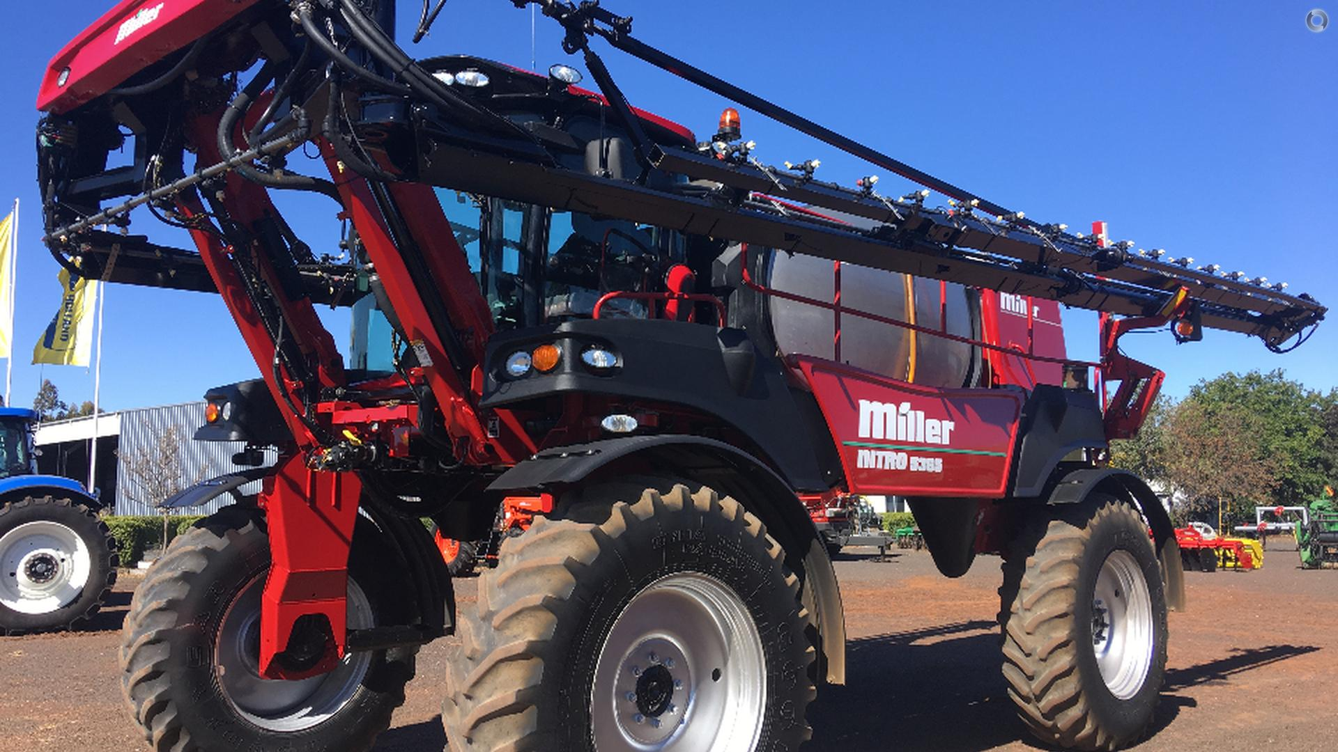 2015 Miller Nitro 5365 Sprayer