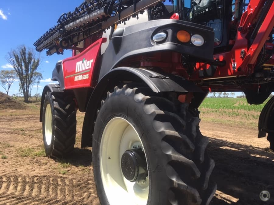 2016 Miller Nitro 6365 Sprayer