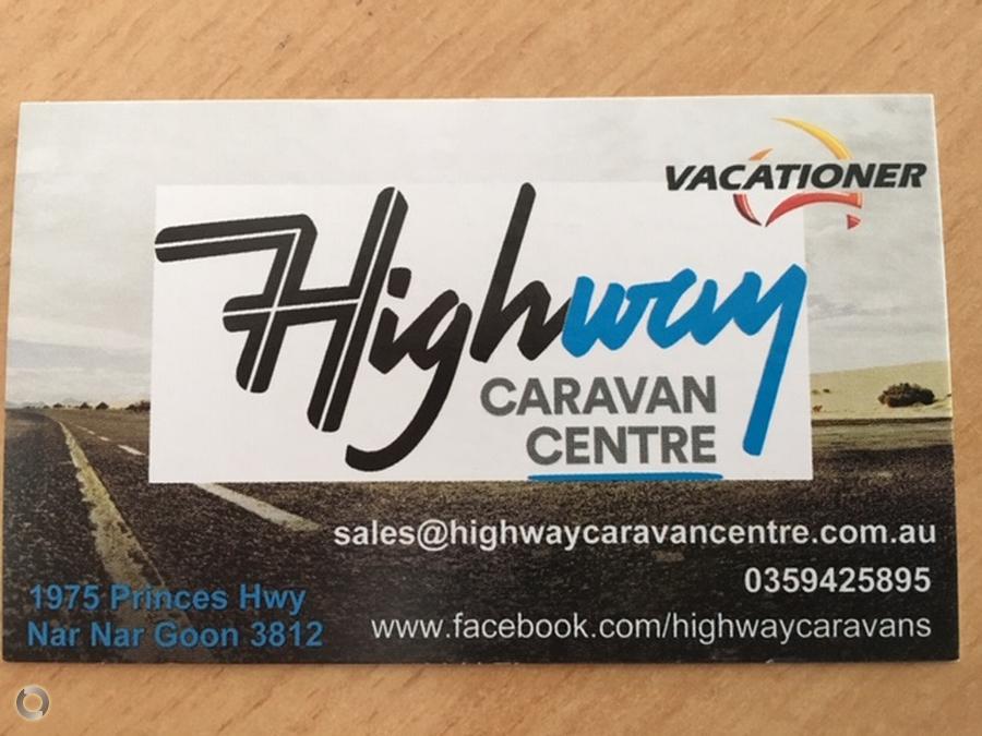 2019 Vacationer Roadtracker HR Rear Club Lounge
