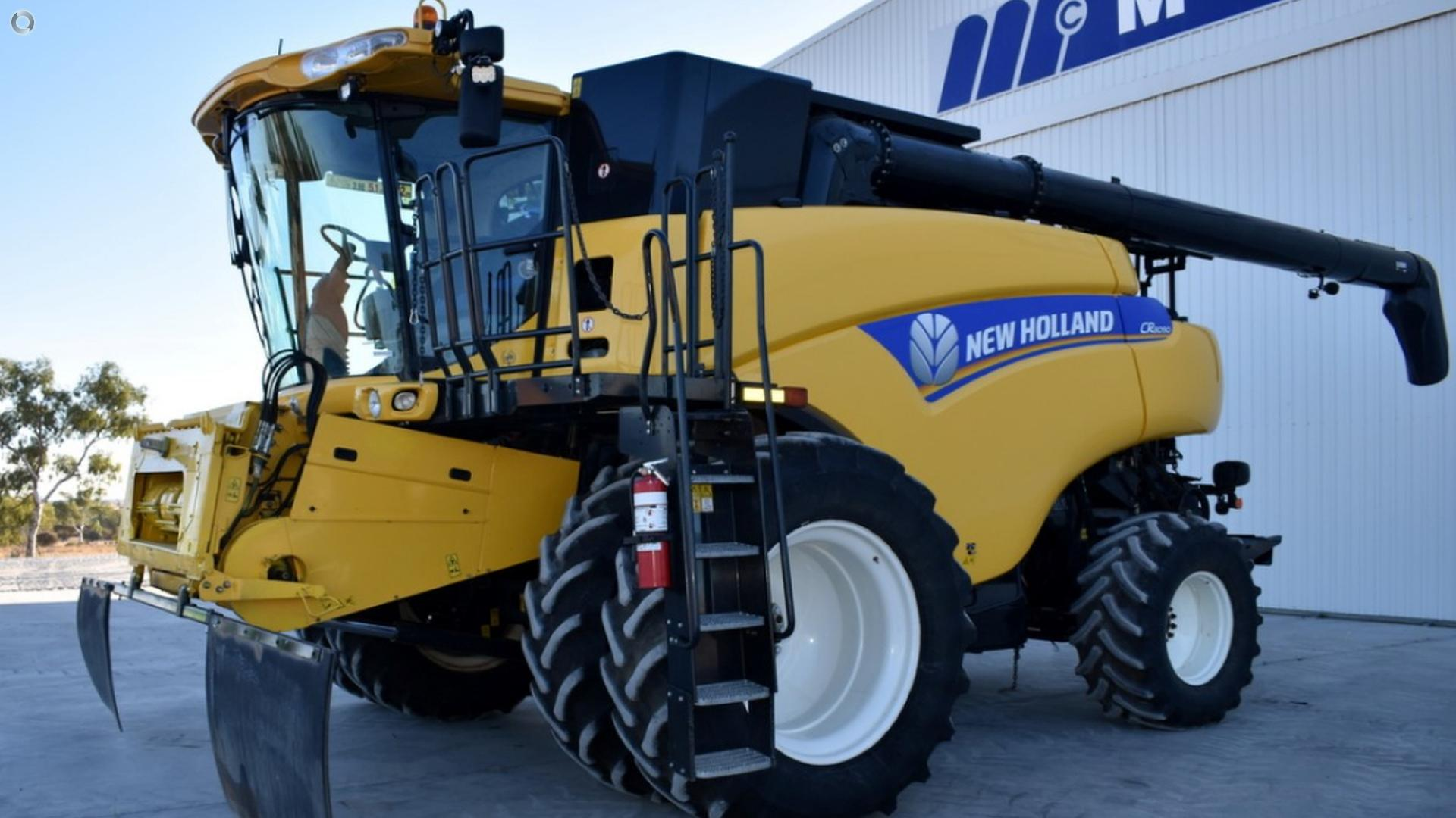 2012 New Holland CR8090