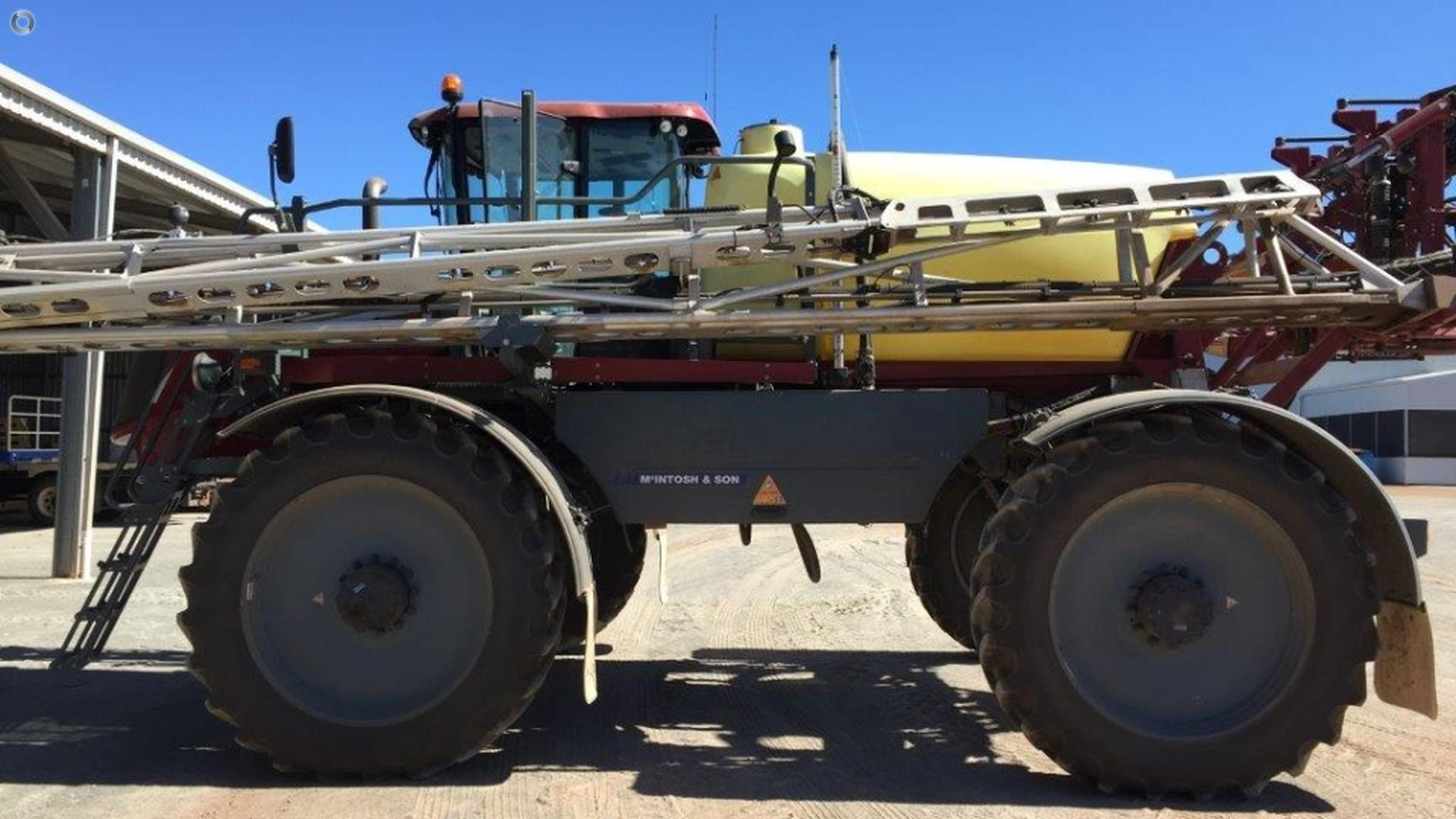 2016 Hardi Saritor 5500 SP Sprayer