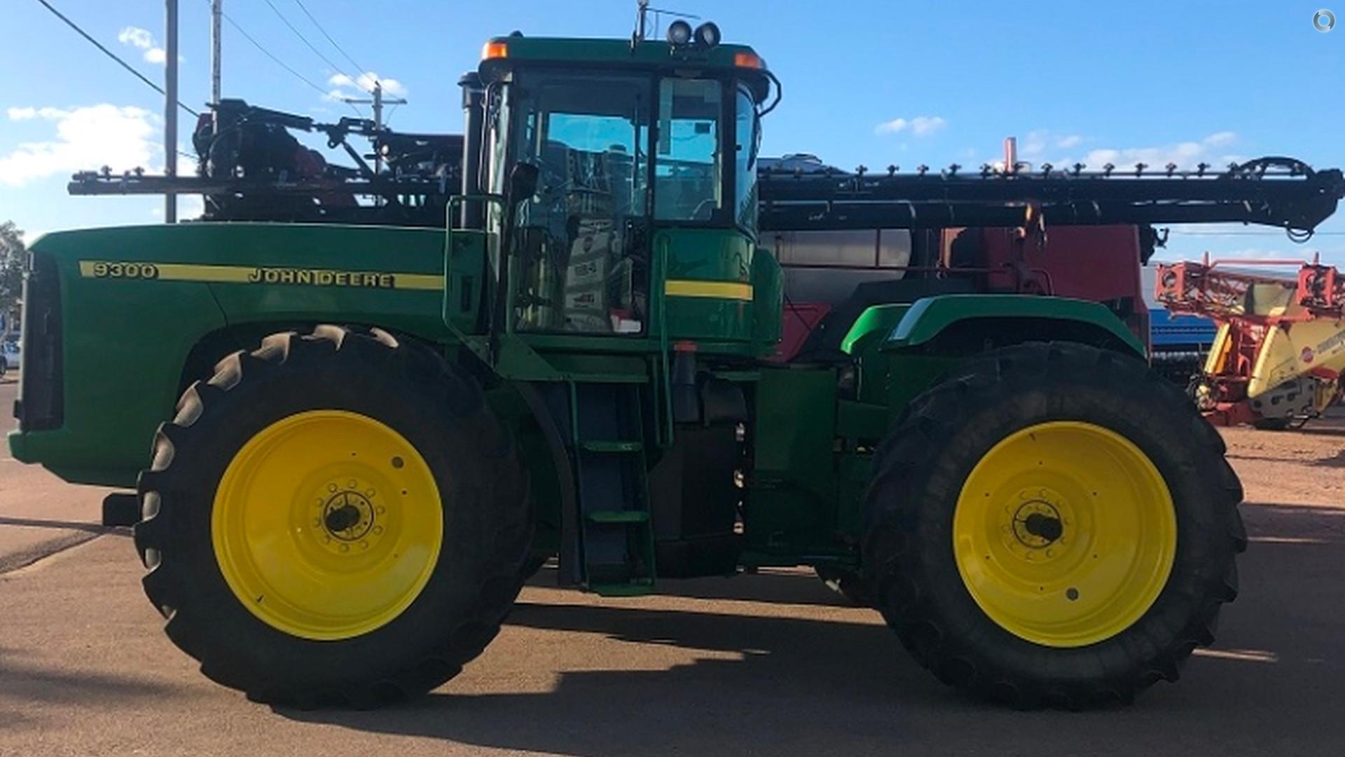 2000 John Deere 9300 Tractor