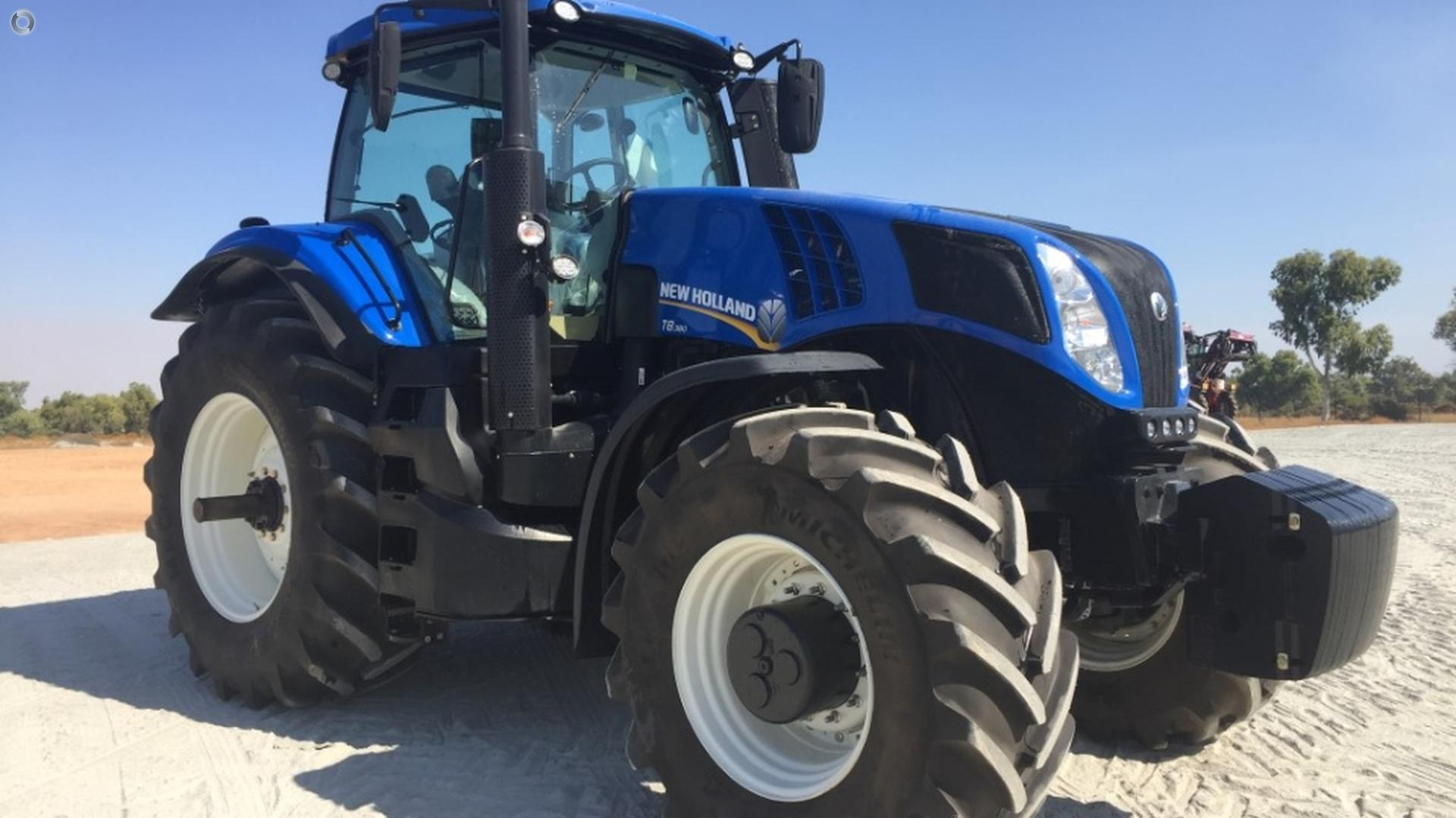 0 New Holland T8.380